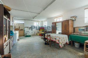L'Agenzia Immobiliare Puzielliproponecasa di campagna con vista mare e terreno a Capodarco (8)