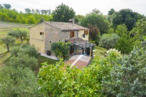 L'Agenzia Immobiliare Puzielli propone casa di campagna vista panoramica (25)