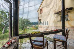 L'Agenzia Immobiliare Puzielli propone casa di campagna vista panoramica (34)