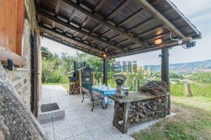 L'Agenzia Immobiliare Puzielli propone casa di campagna vista panoramica (41)