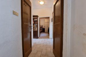 L'Agenzia Immobiliare Puzielli proponecasa indipendente nel centro storico di Fermo (11)