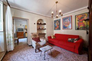 L'Agenzia Immobiliare Puzielli proponecasa indipendente nel centro storico di Fermo (2)