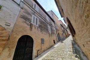 L'Agenzia Immobiliare Puzielli proponecasa indipendente nel centro storico di Fermo (35)