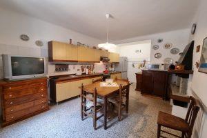 L'Agenzia Immobiliare Puzielli proponecasa indipendente nel centro storico di Fermo (4)