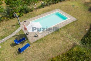 L'Agenzia Immobiliare Puziellipropone casale ad uso bed and breakfast con piscina (16)