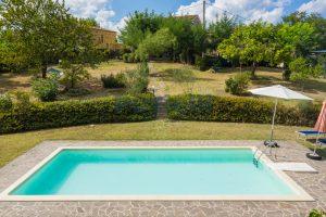 L'Agenzia Immobiliare Puziellipropone casale ad uso bed and breakfast con piscina (17)