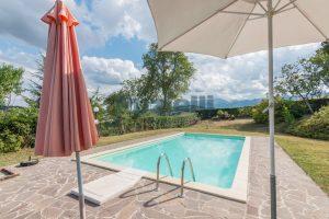 L'Agenzia Immobiliare Puziellipropone casale ad uso bed and breakfast con piscina (30)