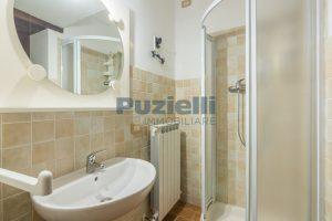 L'Agenzia Immobiliare Puziellipropone casale ad uso bed and breakfast con piscina (42)