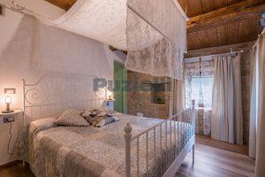 L'Agenzia Immobiliare Puziellipropone casale ad uso bed and breakfast con piscina (58)