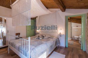 L'Agenzia Immobiliare Puziellipropone casale ad uso bed and breakfast con piscina (59)