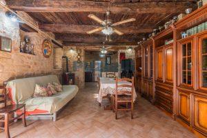 L'Agenzia Immobiliare Puziellipropone casale ad uso bed and breakfast con piscina (62)