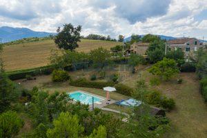 L'Agenzia Immobiliare Puziellipropone casale ad uso bed and breakfast con piscina (8)