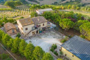 L'Agenzia Immobiliare Puziellipropone casale ristrutturato in vendita a Camporoton (12)