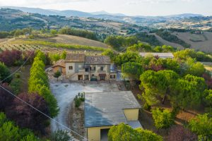 L'Agenzia Immobiliare Puziellipropone casale ristrutturato in vendita a Camporoton (13)