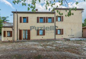 L'Agenzia Immobiliare Puziellipropone casale ristrutturato in vendita a Camporoton (34)