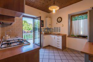L'Agenzia Immobiliare Puziellipropone casale ristrutturato in vendita a Camporoton (49)