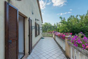 L'Agenzia Immobiliare Puziellipropone casale ristrutturato in vendita a Camporoton (51)