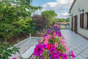 L'Agenzia Immobiliare Puziellipropone casale ristrutturato in vendita a Camporoton (52)
