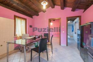 L'Agenzia Immobiliare Puziellipropone casale ristrutturato in vendita a Camporoton (55)