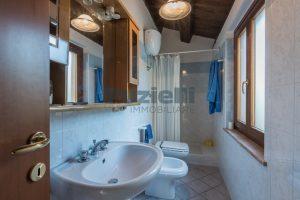 L'Agenzia Immobiliare Puziellipropone casale ristrutturato in vendita a Camporoton (57)