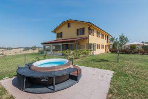 L'Agenzia Immobiliare Puzielliproponecasolare con piscina adibito ad attività ricettiva turistica (36)