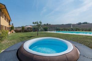 L'Agenzia Immobiliare Puzielliproponecasolare con piscina adibito ad attività ricettiva turistica (37)