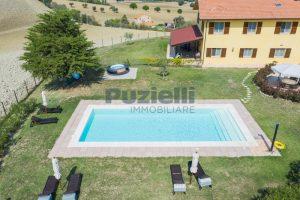 L'Agenzia Immobiliare Puzielliproponecasolare con piscina adibito ad attività ricettiva turistica (6)