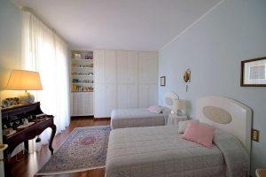 L'Agenzia Immobiliare Puzielliproponevilla frazionabile in tre unità immobiliare in vendita a Monte Urano (14)
