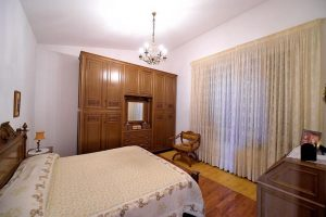 L'Agenzia Immobiliare Puzielliproponevilla frazionabile in tre unità immobiliare in vendita a Monte Urano (24)