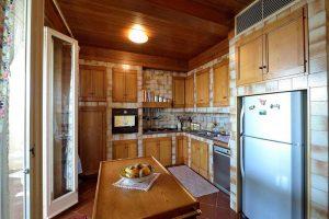 L'Agenzia Immobiliare Puzielliproponevilla frazionabile in tre unità immobiliare in vendita a Monte Urano (30)