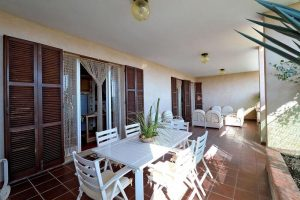 L'Agenzia Immobiliare Puzielliproponevilla frazionabile in tre unità immobiliare in vendita a Monte Urano (32)