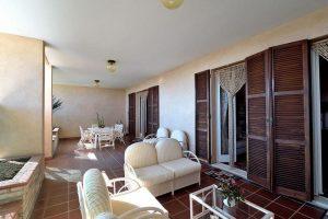L'Agenzia Immobiliare Puzielliproponevilla frazionabile in tre unità immobiliare in vendita a Monte Urano (33)