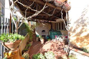 L'Agenzia Immobiliare Puzielliproponevilla frazionabile in tre unità immobiliare in vendita a Monte Urano (34)