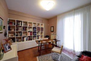 L'Agenzia Immobiliare Puzielliproponevilla frazionabile in tre unità immobiliare in vendita a Monte Urano (9)