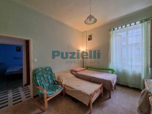 L'Agenzia Immobiliare Puzielli proponeappartamento con corte esterna in vendita a Fermo (11)