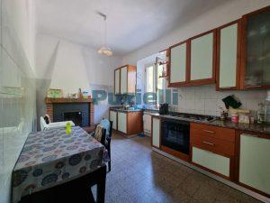 L'Agenzia Immobiliare Puzielli proponeappartamento con corte esterna in vendita a Fermo (3)